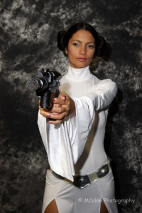 Ivy Cosplay as Leia Organa