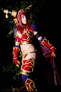 Oshley Cosplay as Alexstrasza