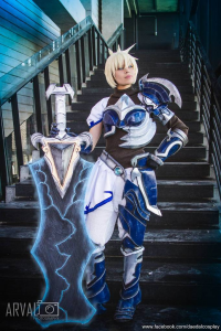 Daedal Cosplay as Riven