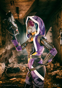 Cinnamon Cosplay as Tali'Zorah nar Rayya