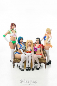 Fanini Rabbids as Sailor Moon, Danicosplay Stocking as Sailor Mercury, Ino Lombardi as Sailor Mars, Karla Amakura as Sailor Venus, Sweety Kinomoto as Sailor Jupiter