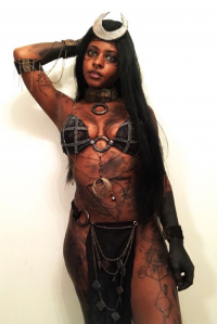 De La Doll as Enchantress