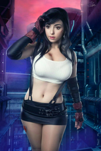 Alisyuon Cosplayer as Tifa Lockhart