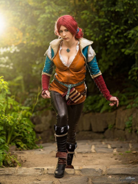Aenthralled Cosplay as Triss Merigold