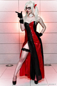 PureLight Cosplay as Harley Quinn