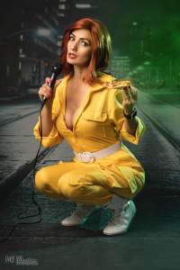 Ivy Cosplay as April O'Neil