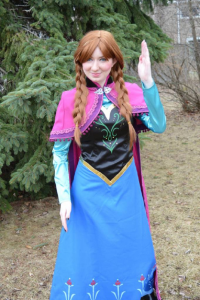 Cerise Cosplay as Anna of Arendelle
