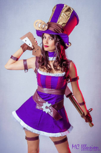 Ivy Cosplay as Caitlyn