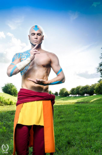 Elffi as Aang