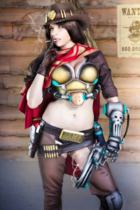 Andy Rae Cosplay as McCree
