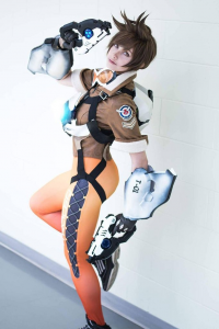 Alexandre is fluffy cosplay as Tracer