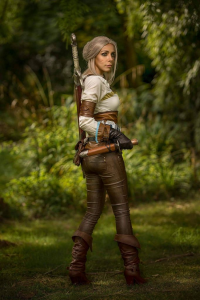 FlyingPopcorn as Ciri