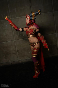 SxyBlood Cosplay as Alexstrasza