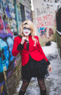 Lily Hunter Cosplay as Harley Quinn