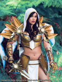 Raquel Sparrow Cosplay as Tyrael