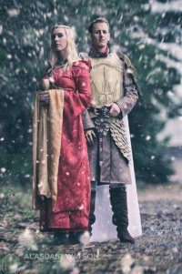 Red Robyn Cosplay as Cersei Lannister, Alpha Forge Cosplay as Jaime Lannister