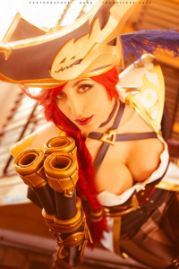 Glory Lamothe as Miss Fortune
