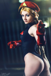 Misa Cosplay Love as Cammy White