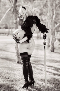katyuskamoonfox as 2B