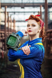 Baty Alquawen as Vault Dweller