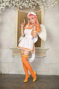 Miyuko Cosplayer as Sonico/Nurse