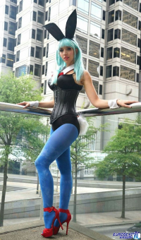 Intraventus as Bulma/Bunny