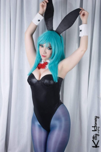 Kitty Honey as Bulma/Bunny