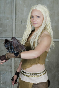 Alea Cosplay as Daenerys Targaryen