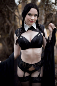 Nichameleon Cosplay as Wednesday Addams