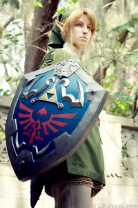 Li Kovacs as Link