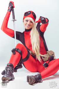 Ellei Marie as Deadpool