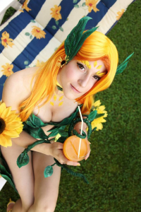 Mowky Cosplay as Zyra