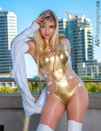 Cosplay Butterfly as Emma Frost