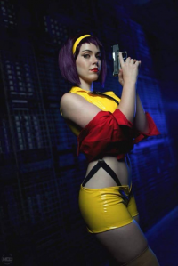 Genevieve Marie as Faye Valentine