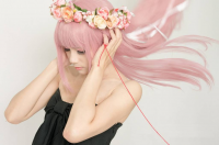 Kameko Zhang as Luka Megurine