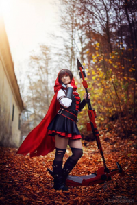 Lux Cosplay as Ruby Rose