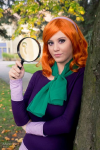Seviria Cosplay as Daphne Blake