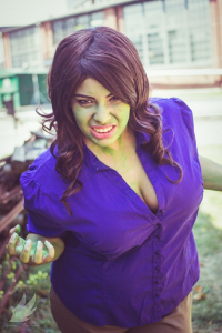 Lady Di Cosplay as Bruce Banner