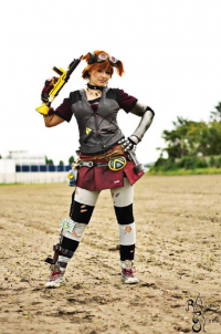 Lux Cosplay as Gaige