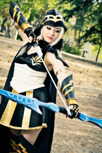 Illisia Cosplay and Photography as Ashe