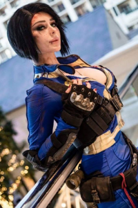 Jenna Lynn Cosplay as Vault Dweller