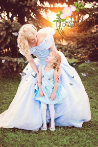 Analeigh Cosplay as Cinderella