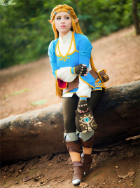 Layze Michelle as Princess Zelda