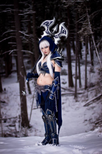 Andy Rae Cosplay as Death Knight