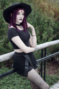 Ri Care as Raven