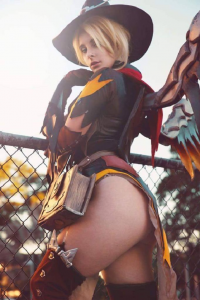 Blondiee as Mercy/Witch