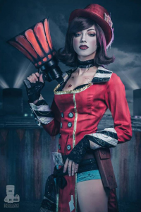 Misdreavus M Cosplay as Mad Moxxi