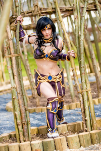 LadyShu Cosplay as Sivir