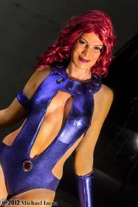 Gillykins as Starfire