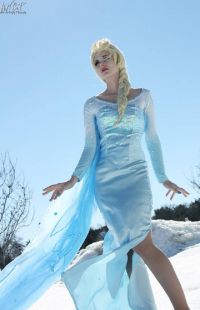 PureLight Cosplay as Elsa of Arendelle